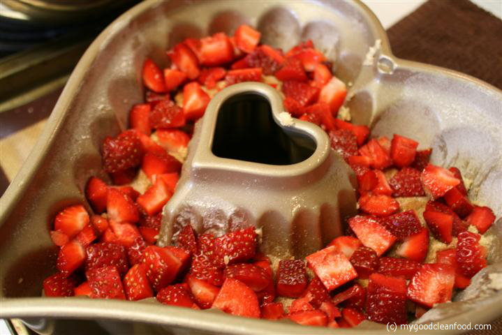 jammy broken heart cake 7